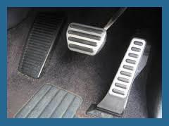 Как вести себя водителю в случае отказа тормозов